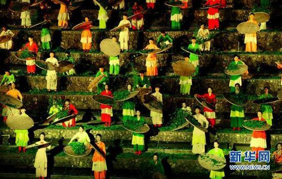 """武夷山实景演出""""印象大红袍""""接待观众450万人次"""