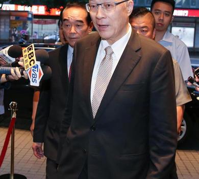 吴敦义邀宴历任国民党主席 连马吴朱齐聚独缺洪秀柱