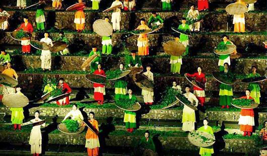 """武夷山""""印象大红袍""""接待观众450万人次"""