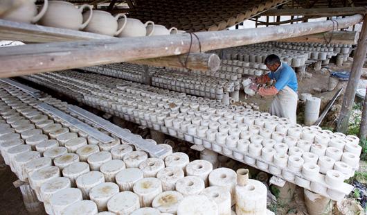 福建泉州:瓷都德化的传承与创新