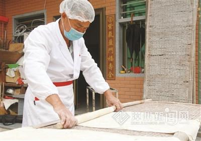 从豆签制作人到非遗传承人,蔡水方——坚守记忆中的古早味