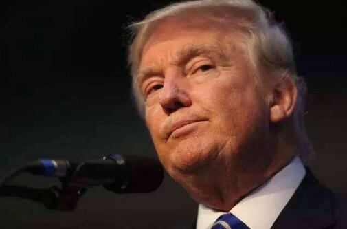 """FBI被曝在特朗普竞选团队中安插""""间谍"""" 总统震怒"""