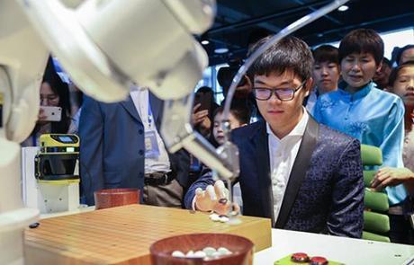 柯洁首度还原对战AlphaGo幕后:浑身颤抖只想痛哭