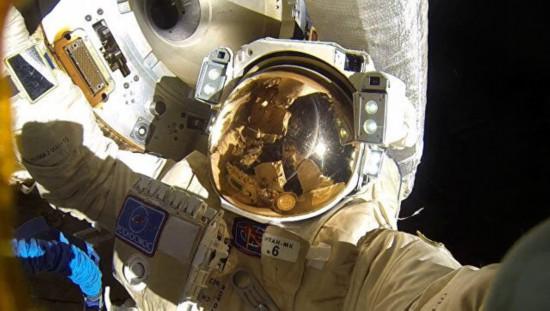 """俄科学家研制药物制品以帮助宇航员进入""""冬眠"""""""