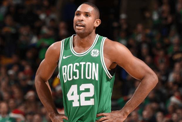 NBA季后赛:绿军铁塔15+7一短板暴露 末节无力克骑士很吃力