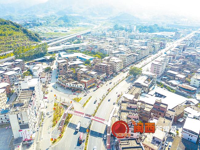 ca88亚洲城手机版下载_龙岩中心城区四个高速出入口道路整治初告捷