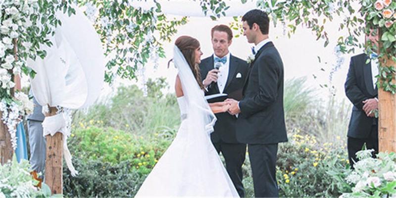 喜庆婚礼祝贺词集锦,为您的婚礼增光添彩
