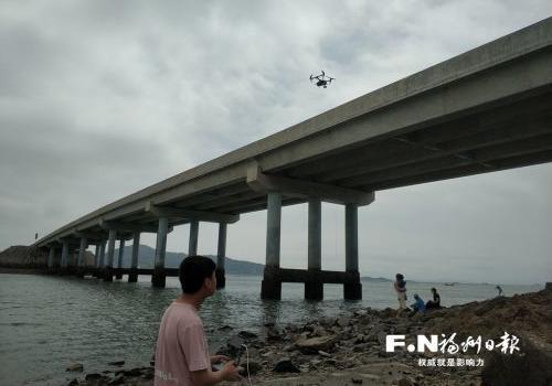 福州:公路巡检用上无人机 成本更低