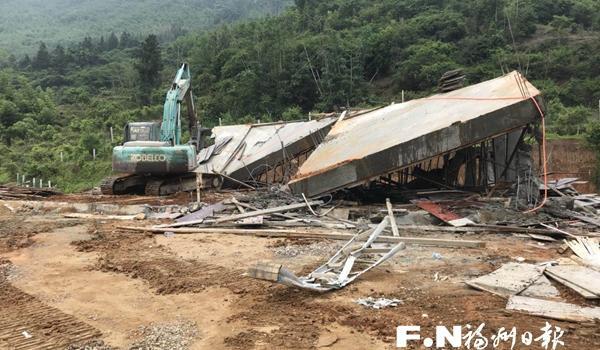 闽侯上街强制拆除4宗新增违建 面积达605平方米