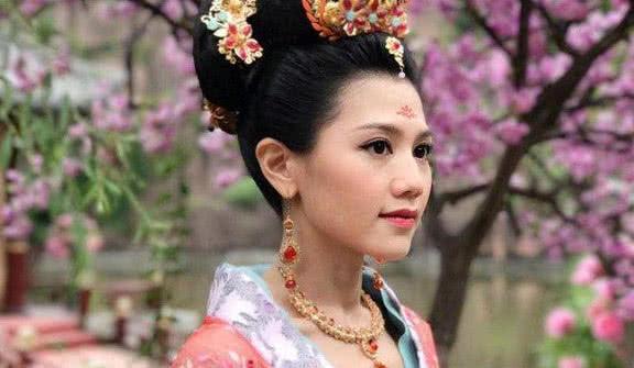 《宫心计2》元玥和姐姐殷瑈相认,原来她已经爬这么高了啊!