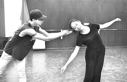福建省歌舞剧院 90后为英雄而舞