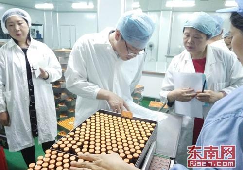 建瓯市场监督管理局强化高温季节药械监管