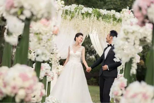 寻找满意的跟拍纪实摄影师 婚礼摄影师怎么选?