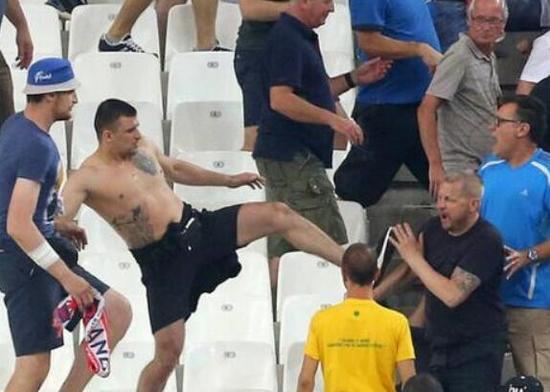 """避免英俄""""再开战"""" 英国禁止球迷赴俄看世界杯"""