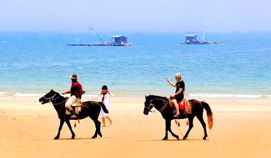 漳州东山岛:天蓝水碧海湾美