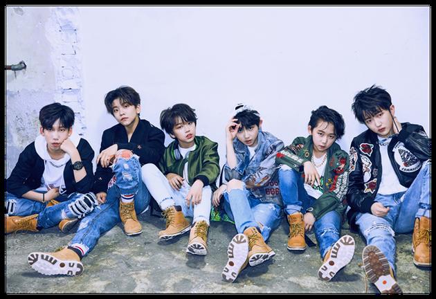 JYP打造新男团BOY STORY平均年龄13岁 首尔街头稚嫩献唱