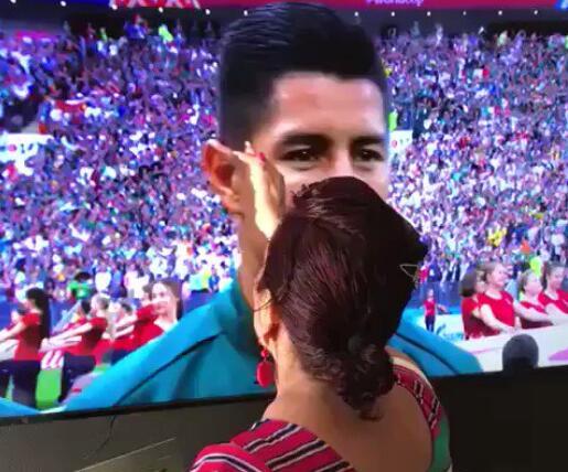 """墨西哥击败德国 与这位神奇奶奶""""施法""""有关?"""