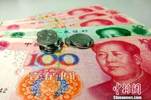 中国拟修个税法 起征点由每月3500元提至5000元