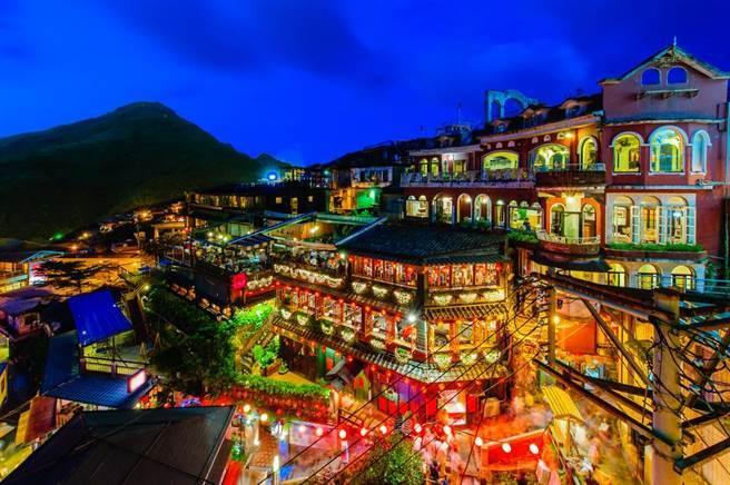 台湾旅游业者叹暑期订房率低 网友:贵是主因