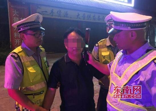 世界杯期间 莆田仙游榜头交警中队严查酒醉驾