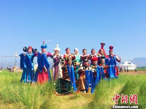 """呼和浩特土默特敖包文化旅游节开幕 尽显""""非遗""""风采"""