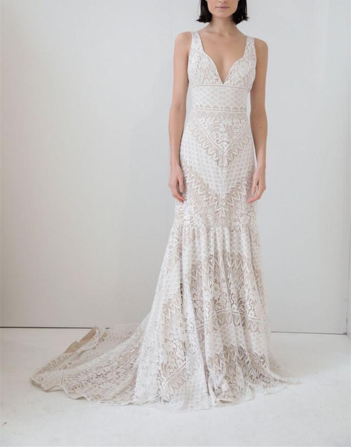 海滩婚礼穿什么?你不能错过这10款时尚婚纱