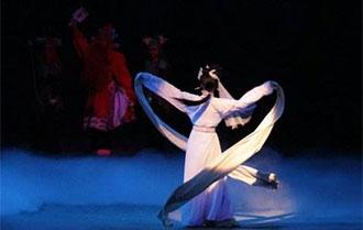 """2018杭州国际音乐节用交响乐演绎""""水袖""""风采"""