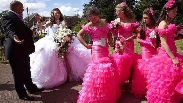 谅你再美 也抢不了新娘风头的五个伴娘服挑选秘籍