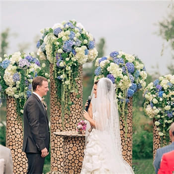 新娘婚纱挑选技巧介绍 好看时尚的婚纱款式