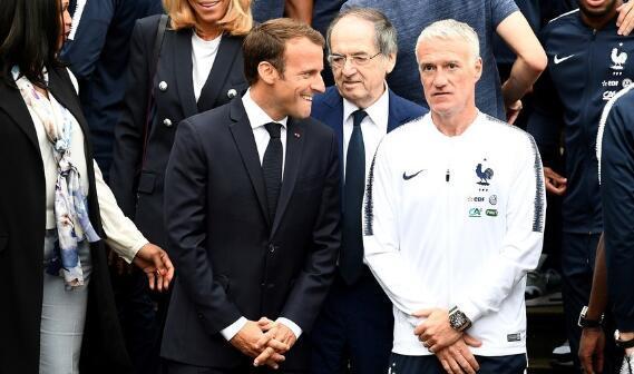 法国总统马克龙履约将赴俄观赛 俄方对此表示欢迎