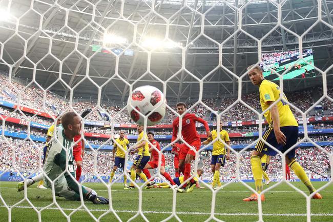 英格兰半场1-0领先瑞典 2018年世界杯英格兰VS瑞典首发阵容