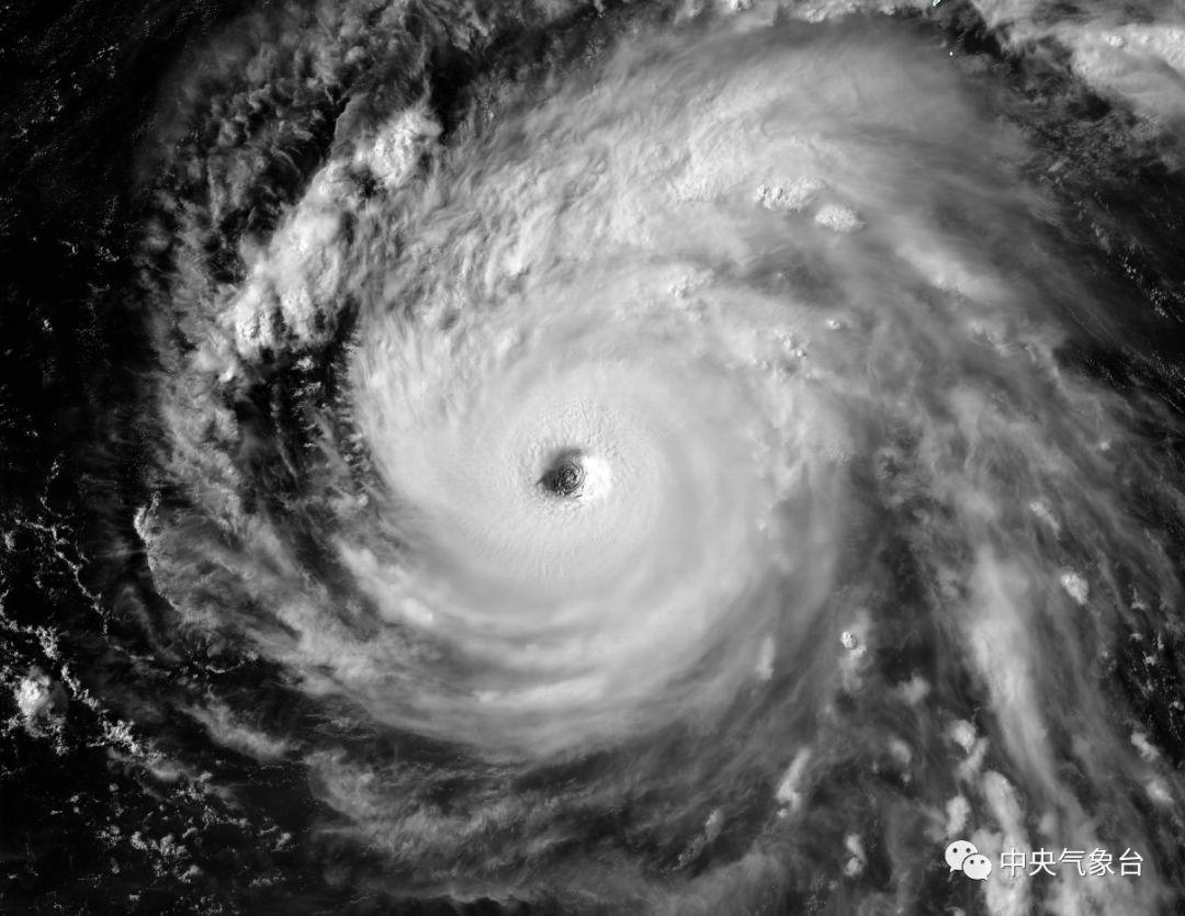 福建正式发布台风预警 强台风或直袭中北部!风雨长达48小时!