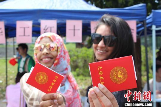 从不了解到离不开 海外留学生与中国共成长