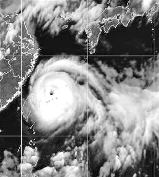 台风红色预警发布 浙江30万人大转移