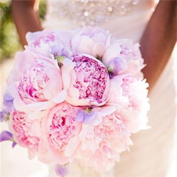 新娘配饰选择技巧 结婚当天新娘饰品选择