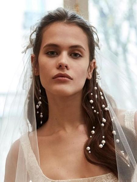 新娘气质就靠它!11款超浪漫唯美的珍珠头饰