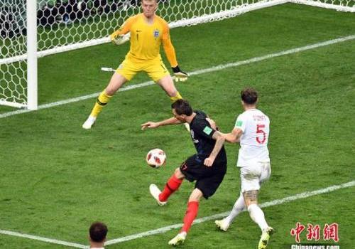 曼朱基奇谈绝杀进球:跟着感觉踢了一脚 球进了!