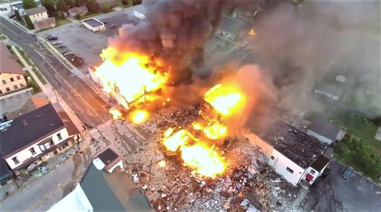美国天然气管道爆炸多人受伤 数栋建筑物被炸毁现场图曝光