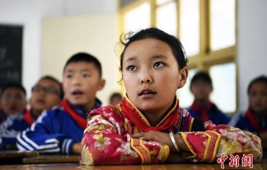 教育部约谈:督促加快消除义务教育超大班额工作