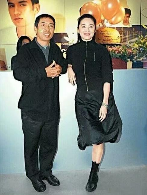 林青霞小女儿和爸爸一样丑?林青霞老公是谁 为什么会嫁这个丑男?
