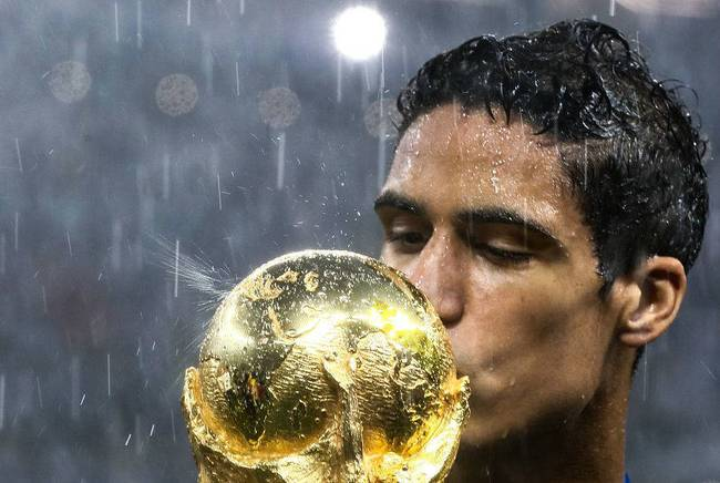 人生赢家瓦拉内:25岁已收获职业生涯第16座冠军杯
