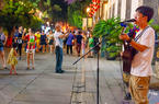 福州三坊七巷开启街头艺人夏季演艺时间