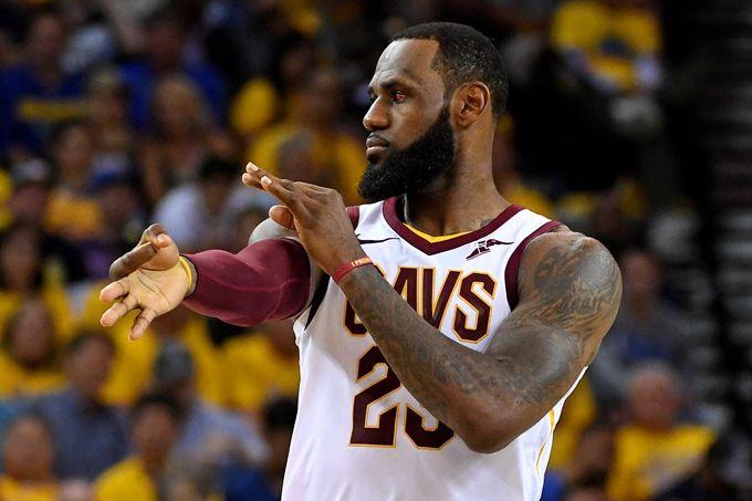 ESPY颁奖礼詹姆斯获NBA最佳球员 詹姆斯何时能再夺总冠军?