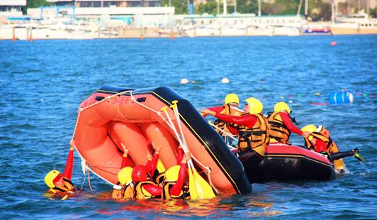 福建省红十字会开展海上安全救援救护演练