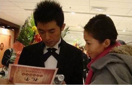 任泉小13岁老婆正面照,整整隐藏了10年,任泉老婆个人资料