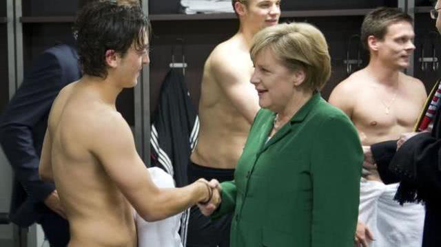 厄齐尔宣布退出德国国家队背后真相揭秘 多人力挺厄齐尔