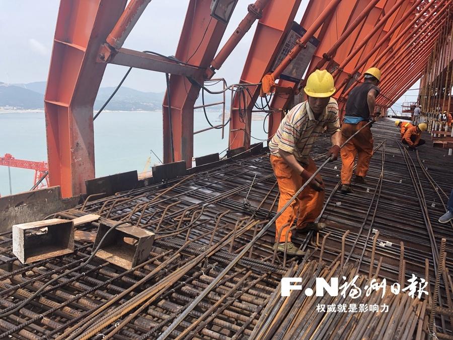 平潭海峡公铁两用大桥明年完成土建施工