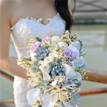 新娘婚纱怎么选合适 结婚当天新娘婚纱推荐