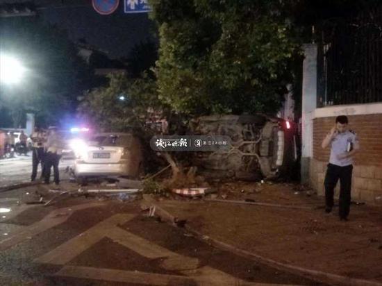 杭州竞舟路车祸事件始末现场图曝光惨不忍睹 车祸怎么发生的?