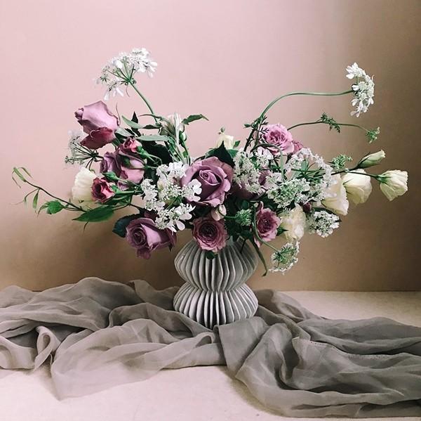 3种插花创意 将玫瑰融入你的到婚礼花朵中